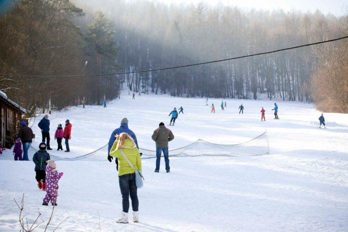 Narty w Bieszczadach to nie tylko duże stacje narciarskie