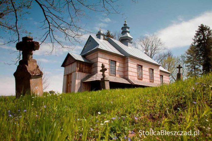 Drewniane cerkiewki w Bieszczadach