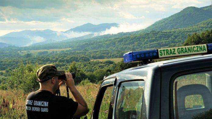 Majówkowa odprawa graniczna w okolicach Wołosatego w Bieszczadach